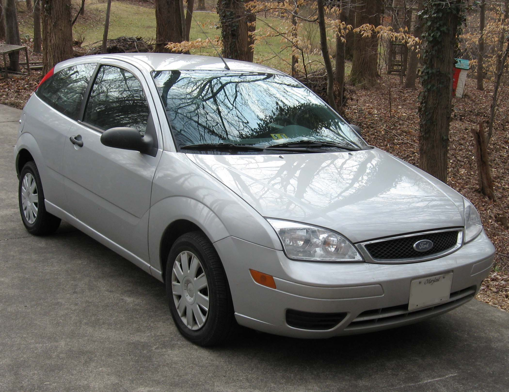 ford focus zx3 s-pic. 2