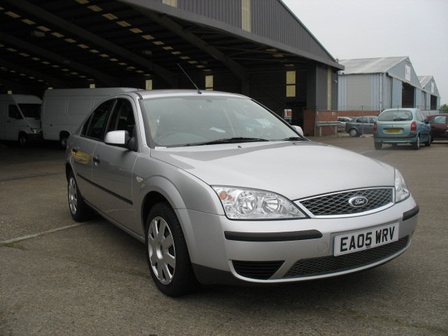 ford mondeo 1.8 lx-pic. 1