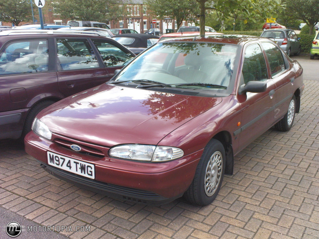 ford mondeo 1 8 lx photos and comments