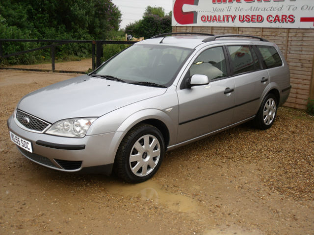 ford mondeo 1 8 lx estate photos and comments. Black Bedroom Furniture Sets. Home Design Ideas