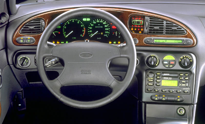 ford mondeo 1.8 td-pic. 1