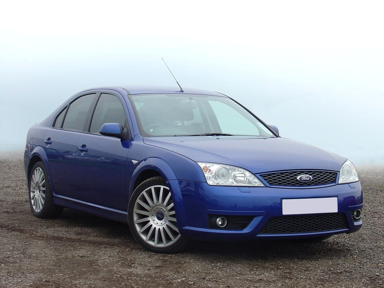 ford mondeo st 220-pic. 3