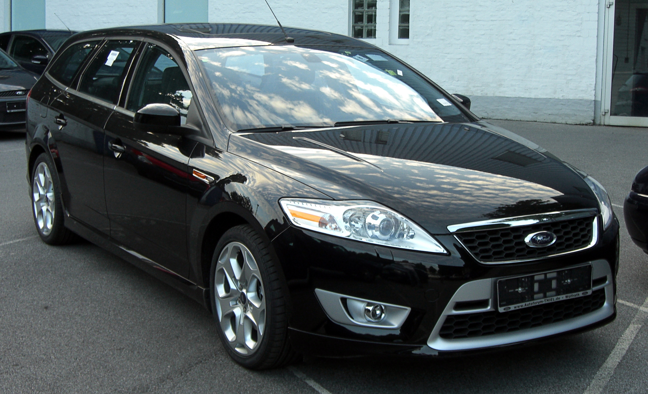 ford mondeo turnier 2.5-pic. 1