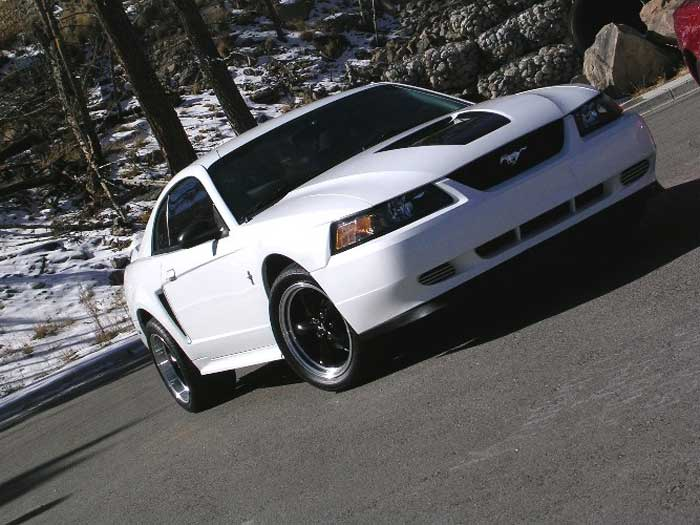 ford mustang 3.8 v6-pic. 3
