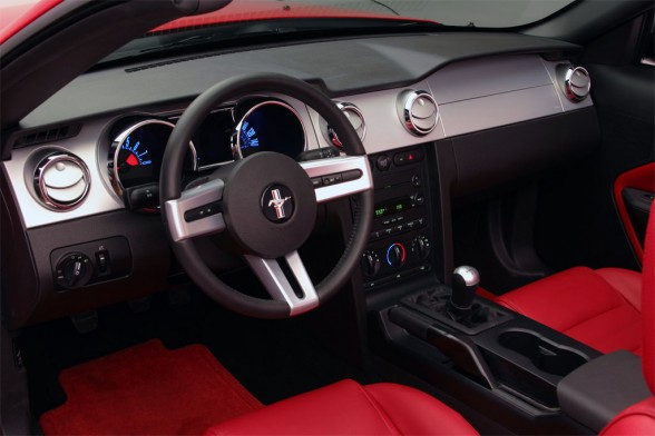 ford mustang gt automatic-pic. 2
