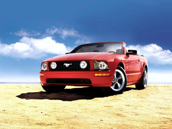 ford mustang gt deluxe convertible-pic. 3
