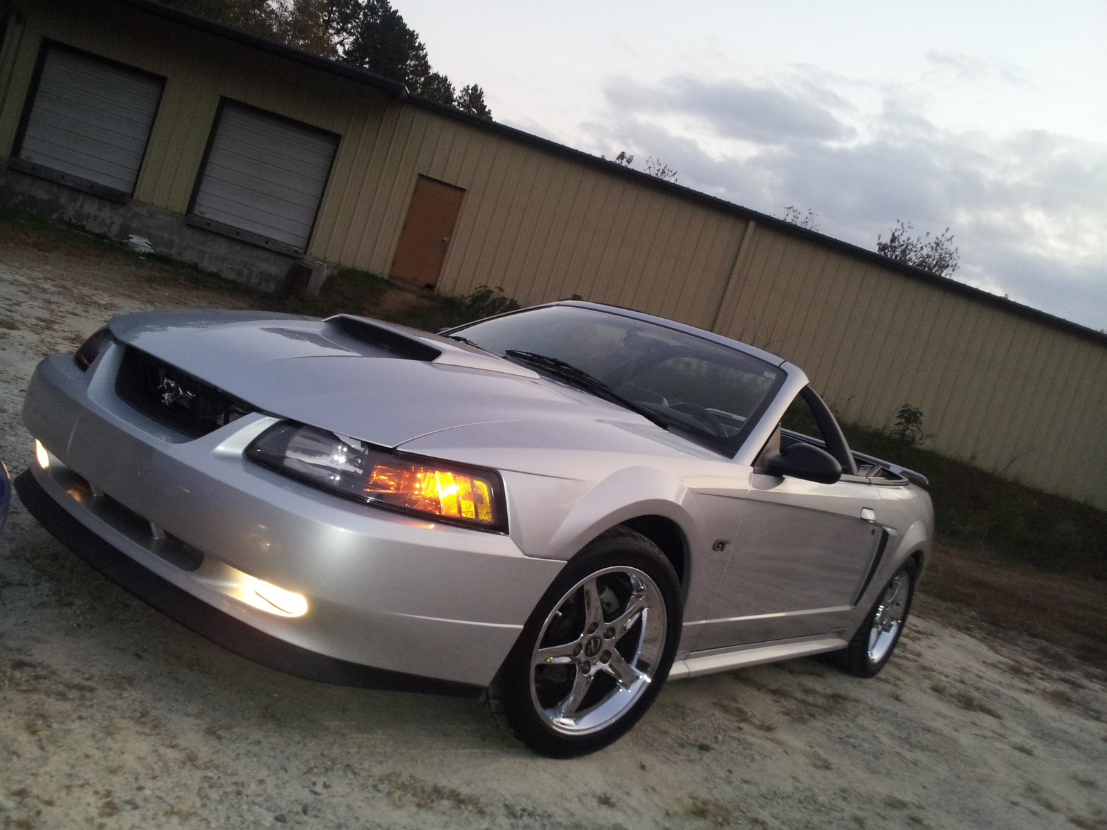 ford mustang gt deluxe convertible #3