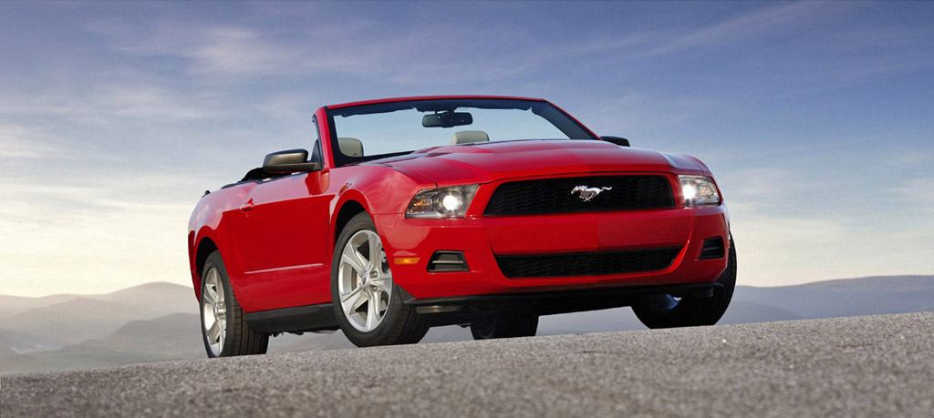 ford mustang gt premium convertible-pic. 3