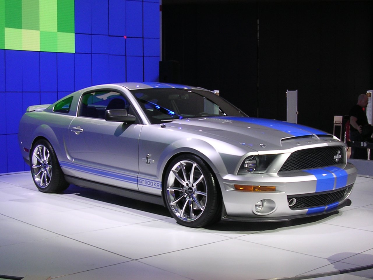 ford mustang shelby gt500 kr photos and comments. Black Bedroom Furniture Sets. Home Design Ideas