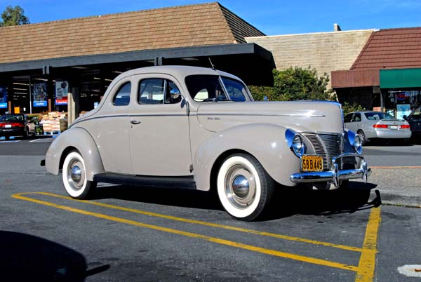 ford v8 de luxe-pic. 3