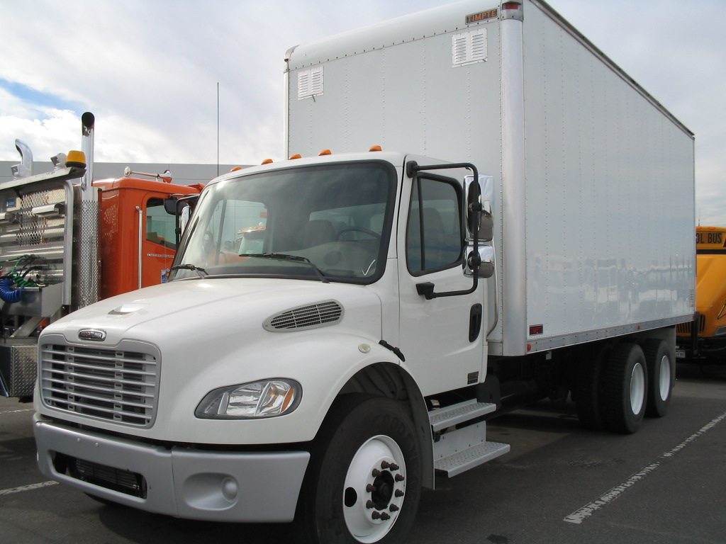 freightliner m2 business class photos and comments www. Black Bedroom Furniture Sets. Home Design Ideas