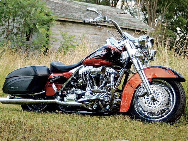 harley-davidson road king custom-pic. 2