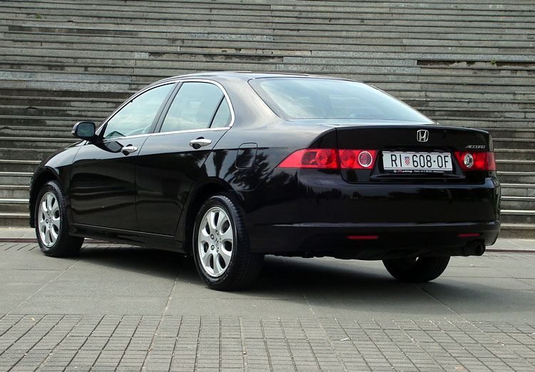 Honda accord 2 0 sport photos and comments for Honda accord 2 0
