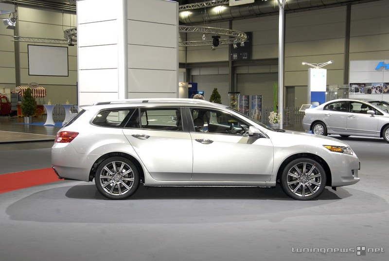 honda accord tourer 2.0 sport #0
