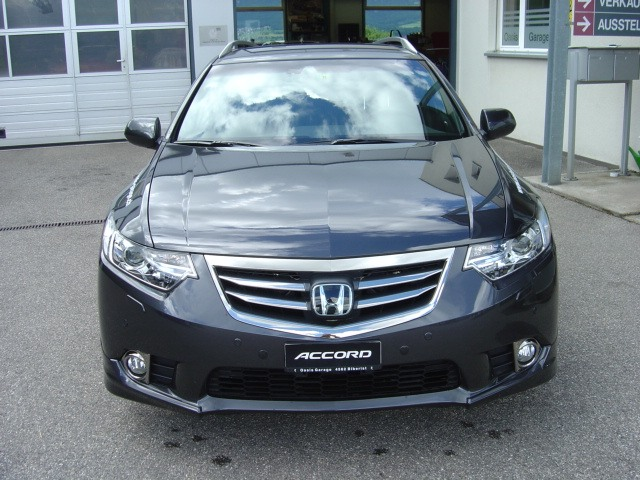 honda accord tourer 2 4 type s photos and comments. Black Bedroom Furniture Sets. Home Design Ideas