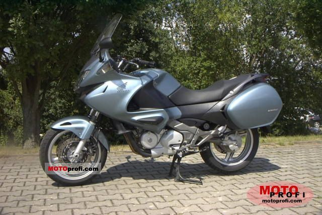 honda nt700v deauville photos and comments. Black Bedroom Furniture Sets. Home Design Ideas
