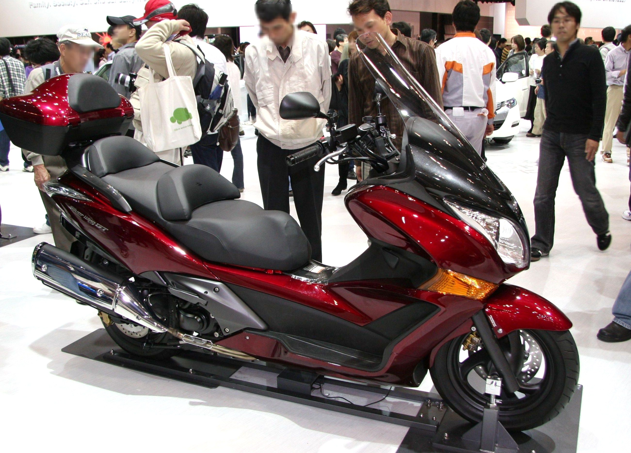 honda silver wing abs-pic. 2
