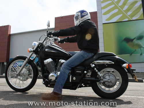 honda vt 750 dc shadow spirit photos and comments. Black Bedroom Furniture Sets. Home Design Ideas