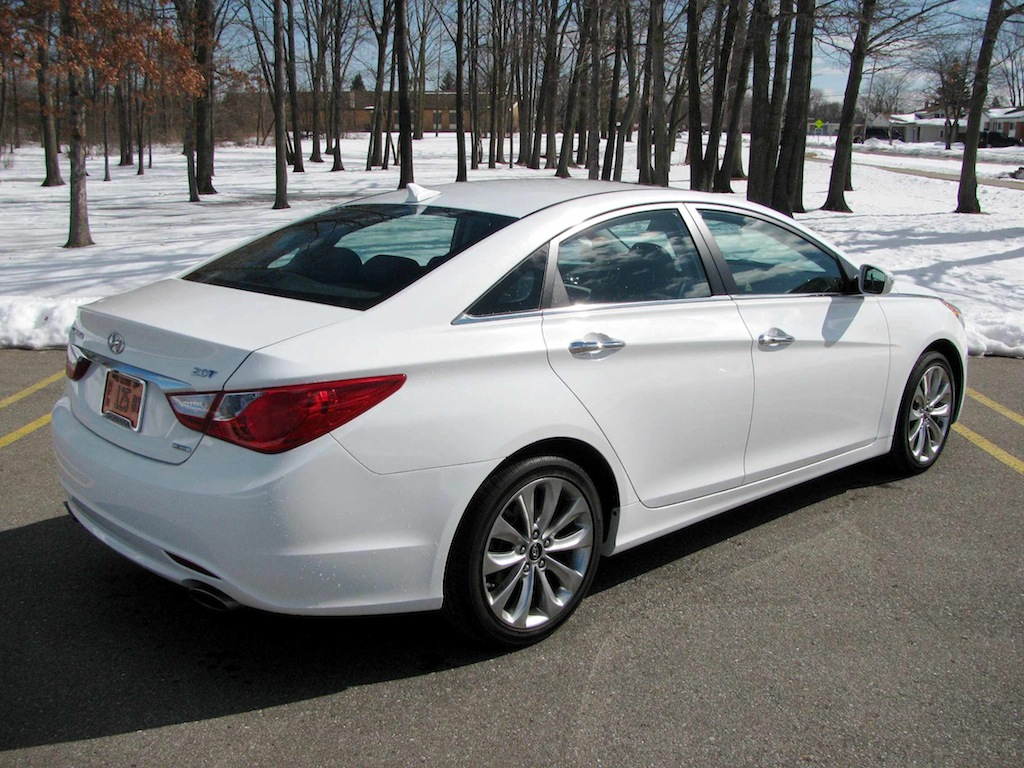 hyundai sonata 2 0 t photos and comments. Black Bedroom Furniture Sets. Home Design Ideas