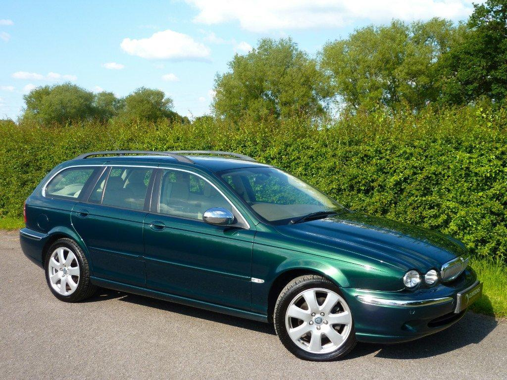 jaguar x type 3 0 estate photos and comments. Black Bedroom Furniture Sets. Home Design Ideas