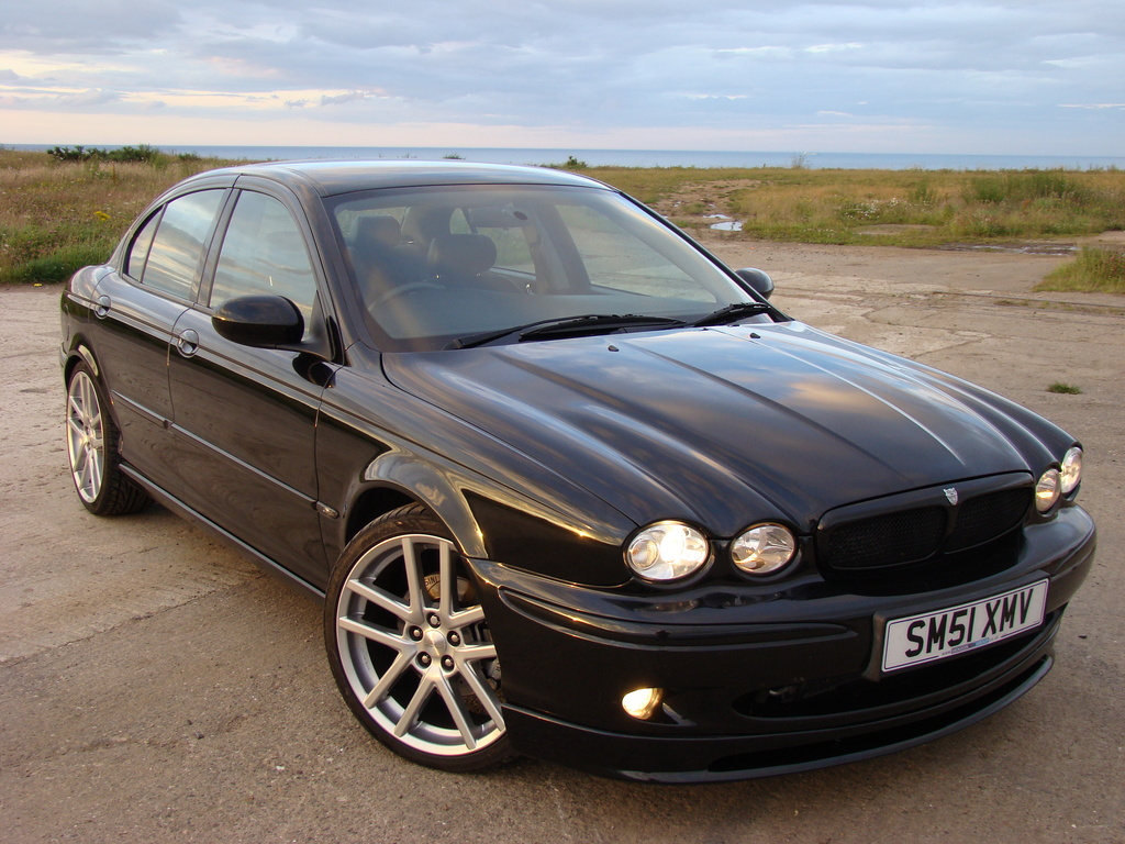 jaguar x type 3 0 v6 sport photos and comments. Black Bedroom Furniture Sets. Home Design Ideas