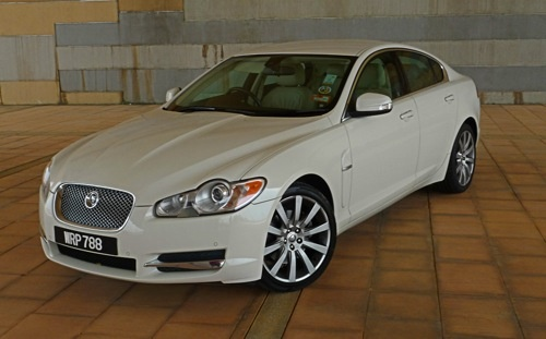 jaguar xf 3.0 luxury-pic. 2