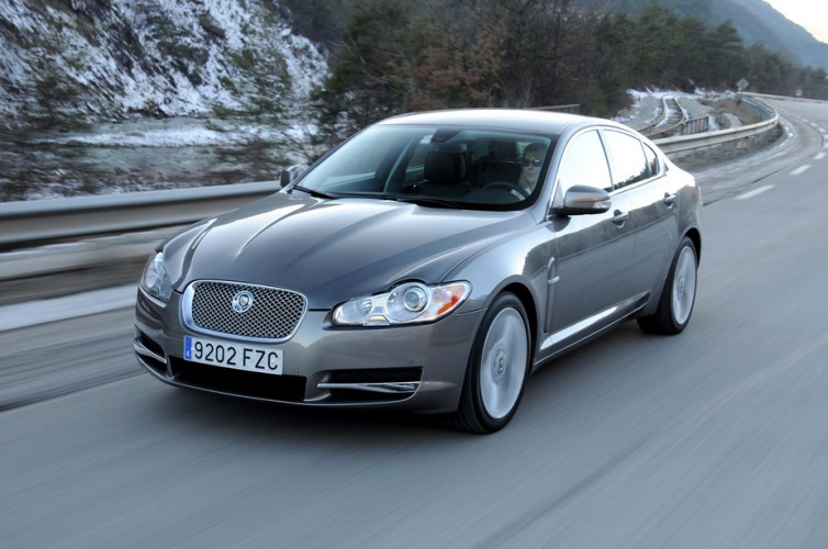 jaguar xf 3.0d luxury-pic. 3
