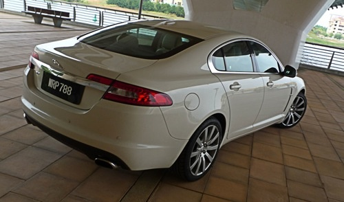jaguar xf 5.0 premium luxury-pic. 1