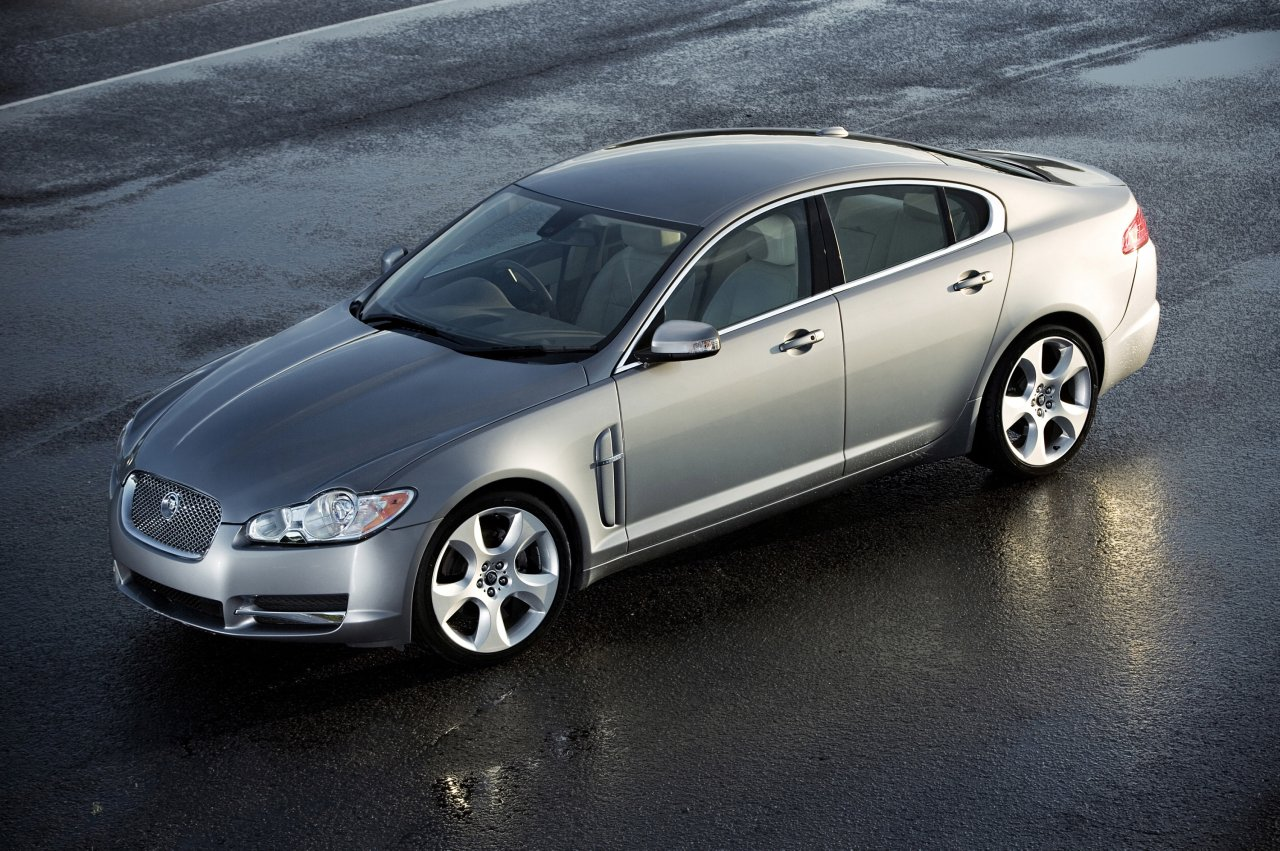 jaguar xf supercharged-pic. 1