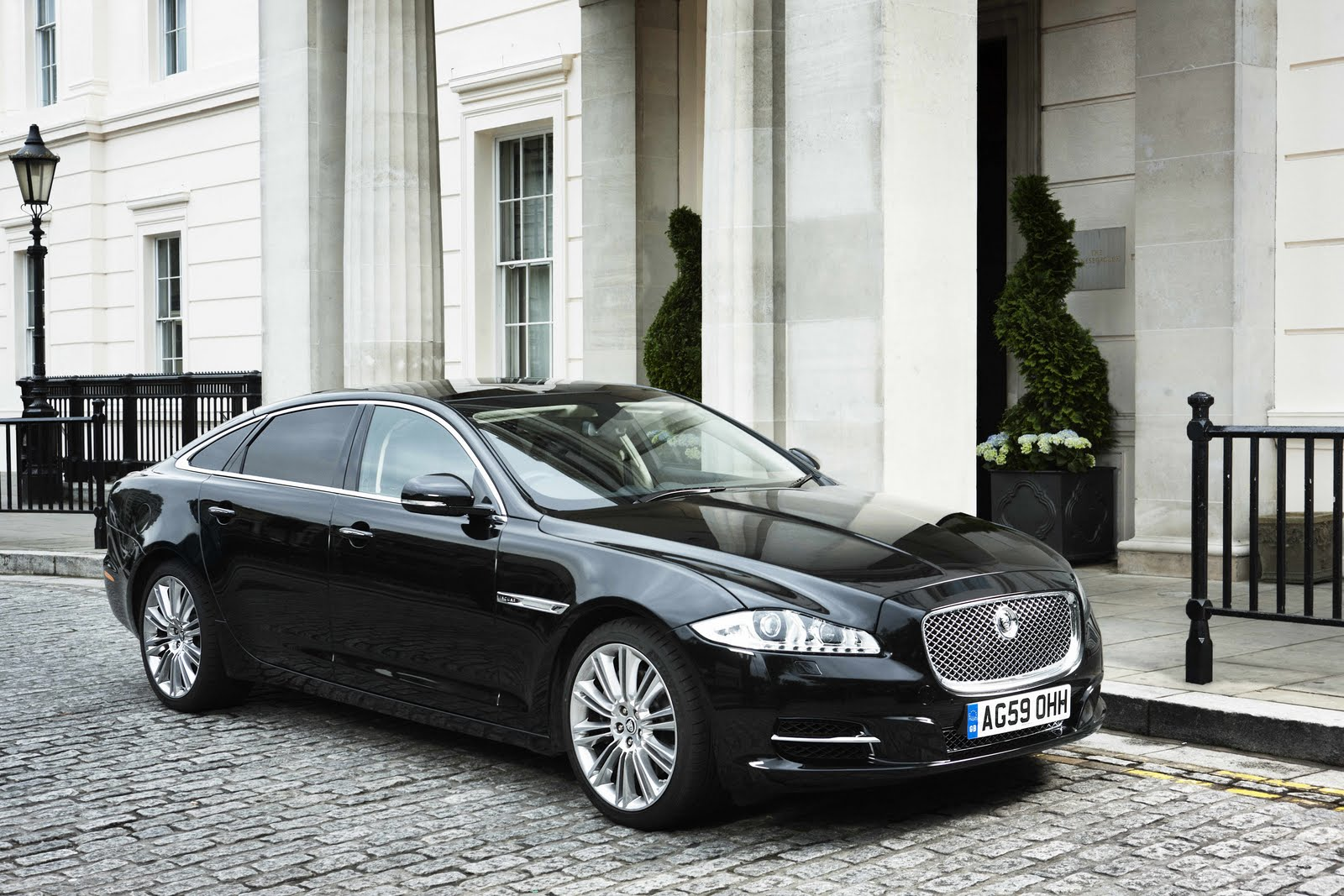 jaguar xj long-pic. 1