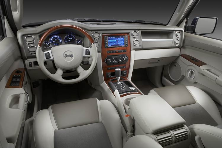 jeep commander overland-pic. 1