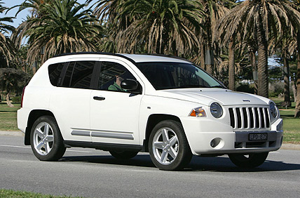 jeep compass limited-pic. 3