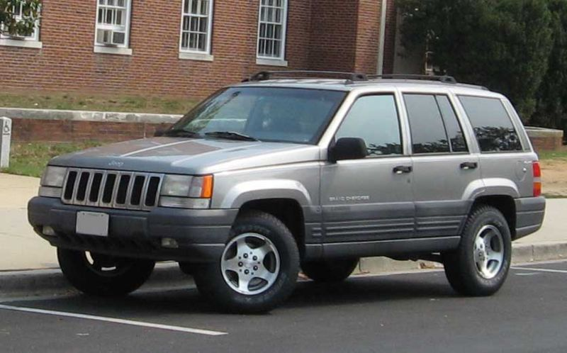 jeep grand cherokee laredo #7