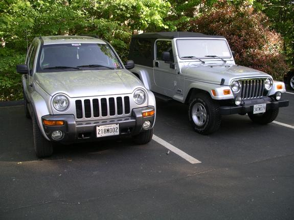 jeep liberty columbia photos and comments. Black Bedroom Furniture Sets. Home Design Ideas