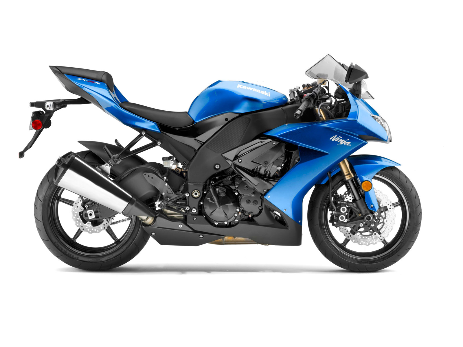 kawasaki ninja zx 10r photos and comments. Black Bedroom Furniture Sets. Home Design Ideas