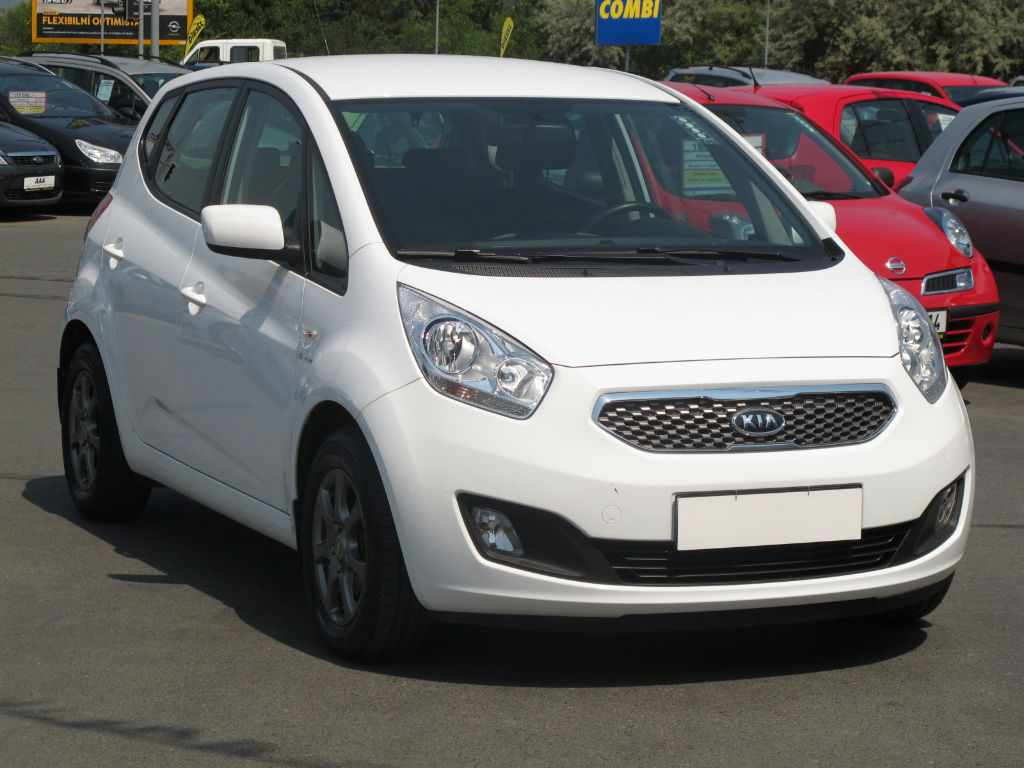 kia venga 1 6 crdi photos and comments