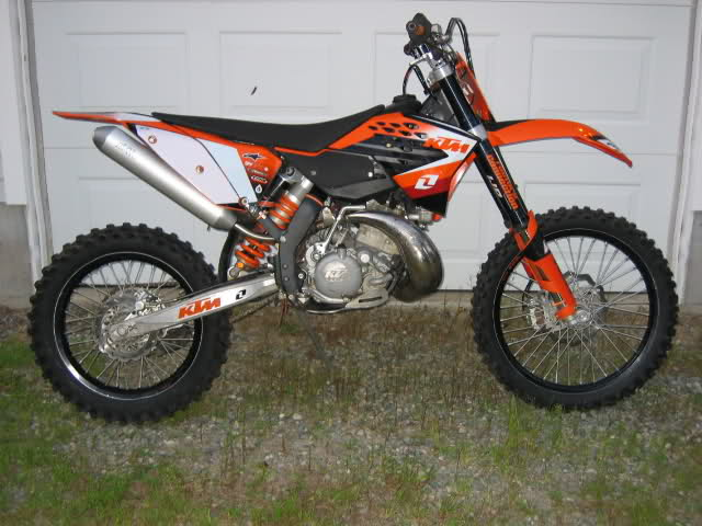 ktm 200 xc w photos and comments. Black Bedroom Furniture Sets. Home Design Ideas