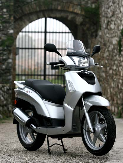 kymco people s 50 4t. photos and comments. www.picautos