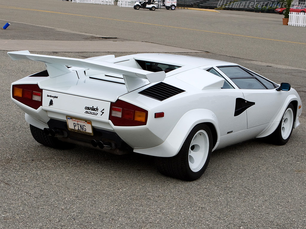 lamborghini countach 5000 s photos and comments. Black Bedroom Furniture Sets. Home Design Ideas