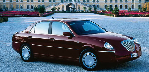 Lancia thesis. Photos and comments. www.picautos.com