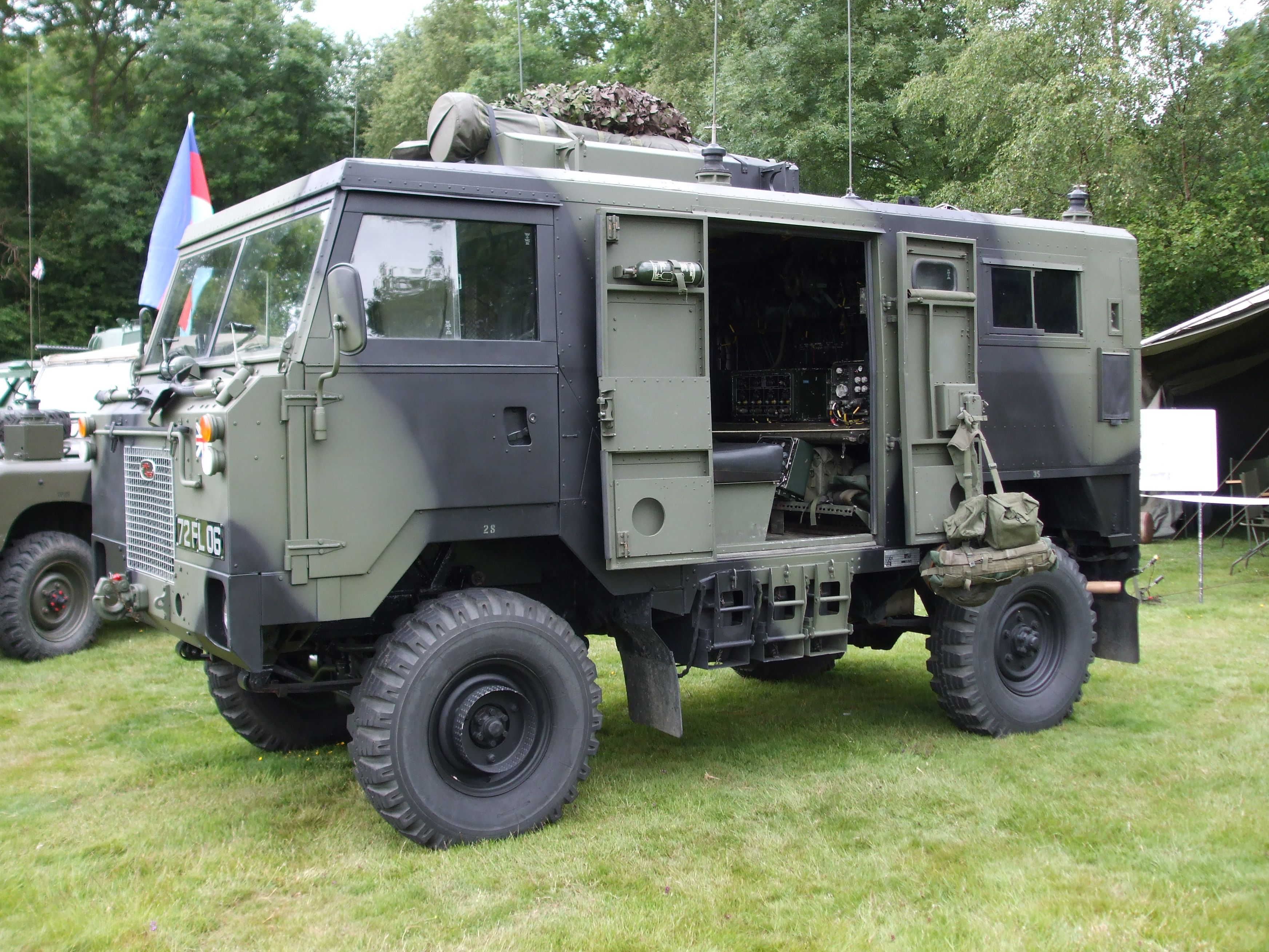 land-rover 101 fc #4
