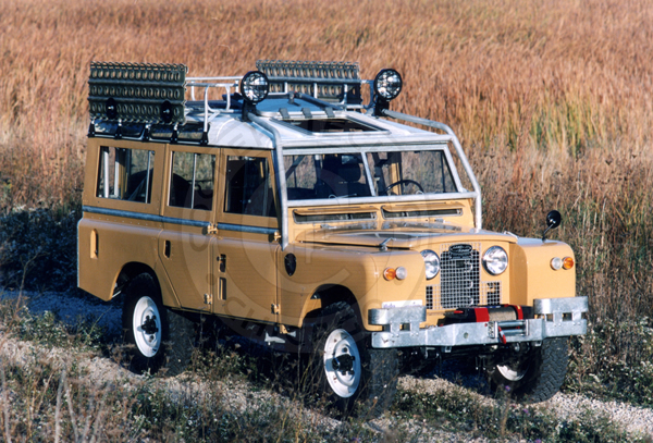 land-rover 109 series ii-pic. 2