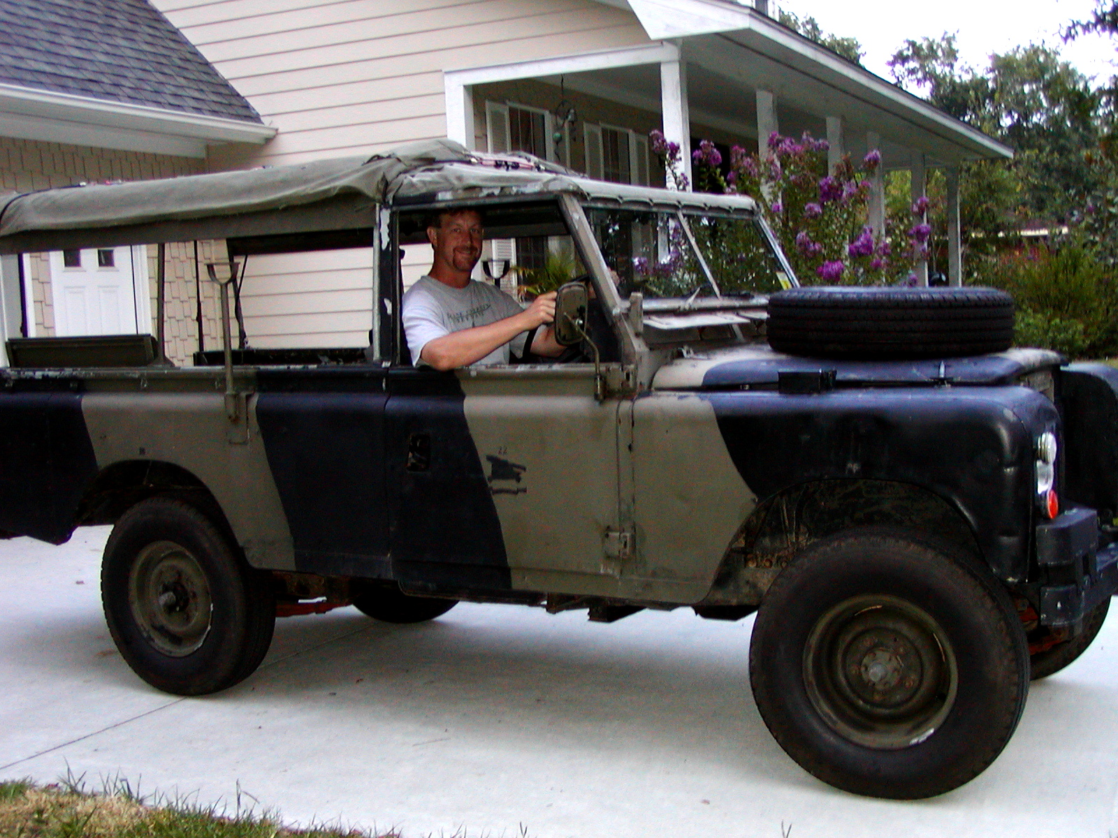 land-rover 109 series iii-pic. 2