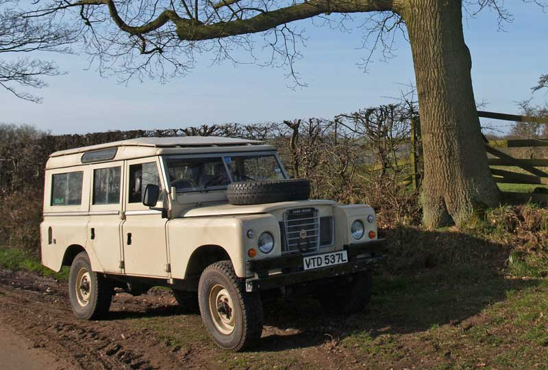 land-rover 109 series iii-pic. 3