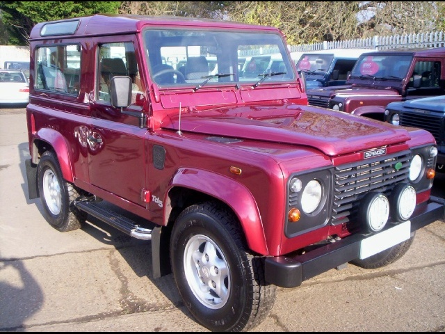 land-rover 90 county station wagon-pic. 2