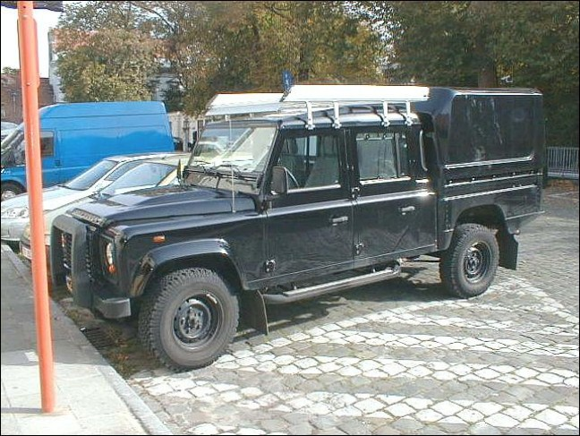 land rover defender 130 crew cab photos and comments. Black Bedroom Furniture Sets. Home Design Ideas