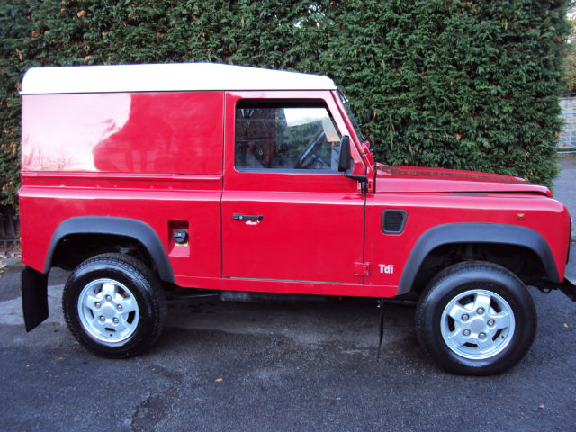 land rover defender 2.5-pic. 1