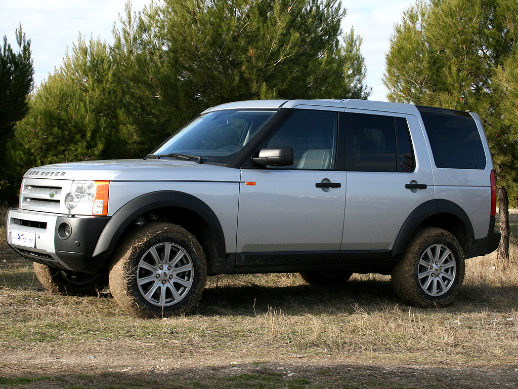 land rover discovery 3 tdv6 s photos and comments www. Black Bedroom Furniture Sets. Home Design Ideas