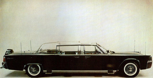 lincoln continental presidential limousine #0