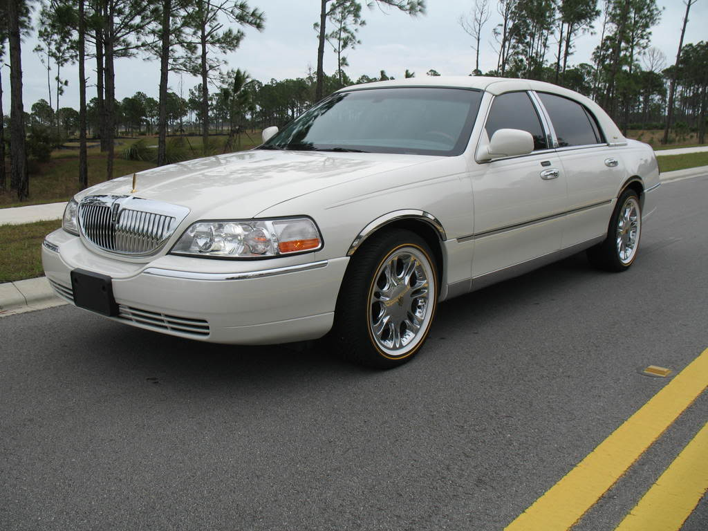 Lincoln Town Car Ultimate Review